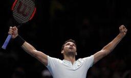 Dimitrovs sagrauj Gofēnu un sasniedz 'ATP Finals' pusfinālu