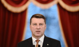 Вейонис отправил на повторное рассмотрение спорные поправки о кредитных учреждениях