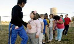 Каждый четвертый девятилетний школьник в Латвии имеет избыточный вес