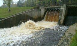 Lūk, viena no Latvijas mazajām upju elektrostacijām!