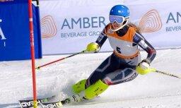 Kalnu slēpotāji Bondare un Zvejnieks trijniekā FIS slalomā Somijā