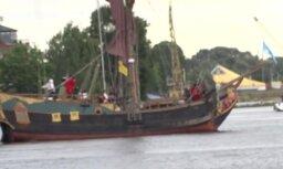 Pirātu uzbrukums Rīgas svētku laikā