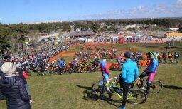 Ar dalībnieku rekordu Ventspilī sākusies 'Vivus.lv' MTB maratonu jaunā sezona