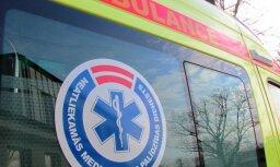 Медики реанимировали двух мужчин, потерявших сознание