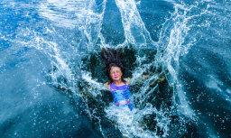 Vairākiem bērniem pēc peldes Mežciemā un Ikšķiles pusē izsitušās milzu pumpas; speciālisti skaidro – peldētāju nieze