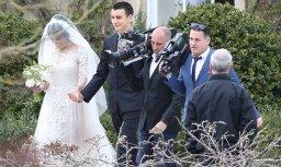 Paparaci foto: Kā Mika Džegera dēls Džeimss precējās