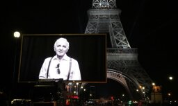 Foto: Parīzē notikuši vairāki franču estrādes leģendai Aznavūram veltīti piemiņas pasākumi