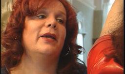 """ФОТО: В Нидерландах выдали первый паспорт с указанием """"нейтрального"""" пола"""