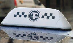 'Godīgo' taksometru skaitītāju ieviešana iestrēgusi, ziņo LTV