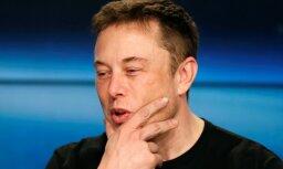 'Tesla' pavisam drīz sāks pelnīt, sola Masks