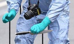 Terora draudi Londonā: pie parlamenta aizturēts vīrietis ar nažiem