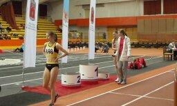 Fotoreportāža: Junioru čempionāts vieglatlētikā Rīgas sporta manēžā