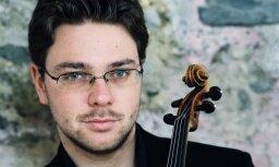 'Sinfonietta Rīga' uzstāsies kopā ar vijolnieku Aleksandru Sitkovecki