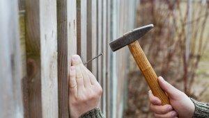 Mājas un pagalma norobežošana ar žogu – kādu izvēlēties