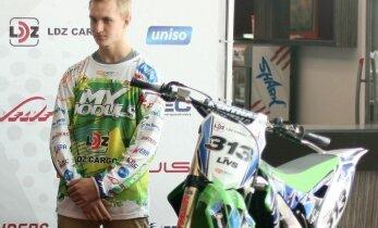 Latvijas motokrosists Sabulis uzaicināts uz 'Yamaha' rūpnīcas komandu startam PČ MX2 klasē