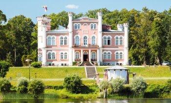 Septiņas Latvijas pilis un muižas, ko apceļot līdz šīs vasaras beigām