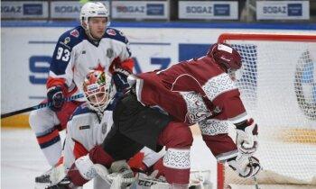 Rīgas 'Dinamo' ar vēl vienu sagrāvi turpina zaudējumu sēriju