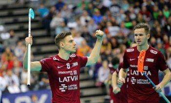 Latvijas florbolisti sagrauj Slovākiju un iekļūst pasaules čempionāta ceturtdaļfinālā
