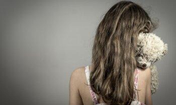 Dzimumnoziegumu līkne kāpj, cietušo bērnu saudzīgas nopratināšanas projektā – pārrāvums
