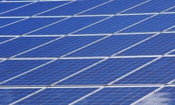 Austrālijā plāno būvēt pasaulē lielāko saules paneļu parku