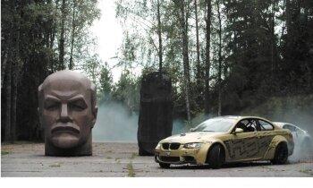 Drifts ap Ļeņina galvu – kārtējais iespaidīgais latviešu video