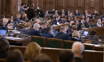 Par NEPLP kandidātiem komisijas deputātiem līdzīgs viedoklis; lēmumu vēl nepieņem
