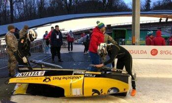Pasaules kauss bobslejā: smagā iepazīšanās ar Siguldas trasi