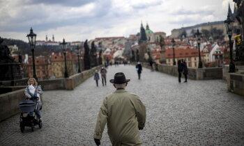 Kā 'sputņiks' palīdzēja duļķot čehu politisko dīķi