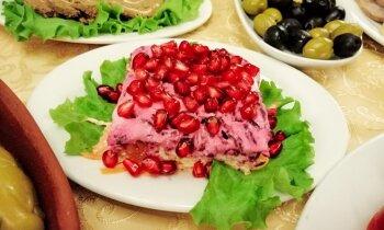 Biešu un siera salāti 'Mīļākā' ar granātābola sēklām
