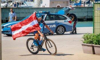 Arvis Sprude par vietējo apsteigšanu 4000 kilometrus garā braucienā apkārt Itālijai