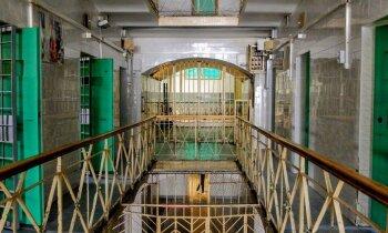 Foto: Baisa pastaiga pa Lukišķu cietumu Viļņā