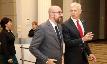 Kariņš sarunā ar nākamo Eiropadomes prezidentu akcentē Krievijas jautājumu