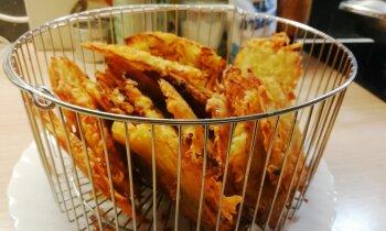Foto recepte: superkraukšķīgās kartupeļu pankūkas uzkodām