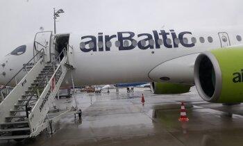 ФОТО: Из-за сбоя бортового компьютера самолет airBaltic не смог вылететь из Мюнхена в Ригу (дополнено)