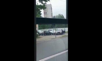 Video: Mežciemā policija veikusi aizturēšanas operāciju