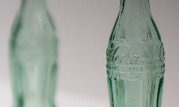 'Coca-Cola' atvadās no 200 zīmoliem