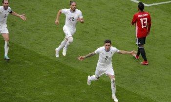 Urugvaja izrauj dramatisku uzvaru pret bez Salāha spēlējošo Ēģipti