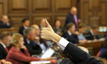 Saeimas atlaišana: Iniciatīvas nāk klāt, bet parakstu vākšanas temps nepieaug