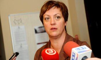 Tiesa Koļegovai piemēro 3010 eiro naudas sodu