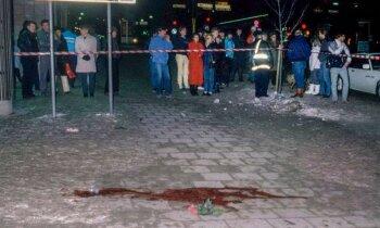 Убийство, в котором созналось 130 человек. Писатель Ян Стокласа: кто убил Улофа Пальме?