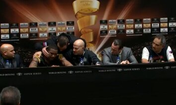 Video: Gasijevs pēc uzvaras mierina satriekto Dortikosu