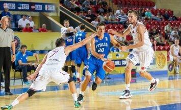 Latvijas basketbola izlase ar zaudējumu pret Itāliju sāk pārbaudes turnīru Gruzijā
