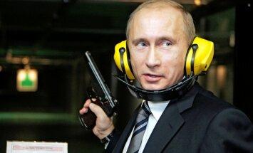 'Jūs esat traks?': Putins sola nekad neatdot okupēto Krimu atpakaļ Ukrainai