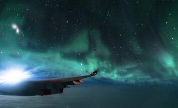 Latviešu fotogrāfs, lidojot no Amerikas, iemūžinājis fantastisku ziemeļblāzmu