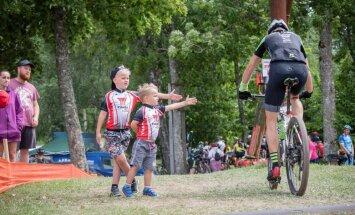 Foto: Talsos aizvadīts pats smagākais MTB Maratona posms