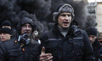 Kļičko aicina izsludināt vispārēju mobilizāciju un lauzt līgumu par Krievijas floti Krimā