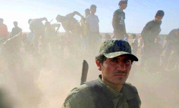 ASV atbalstītie kaujinieki Sīrijā sāk jaunu ofensīvu pret 'Daesh'