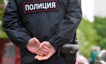 Sibīrijā uzbrucējs uz ielas sadūris septiņus cilvēkus