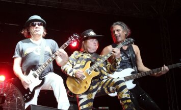 Intervija ar rokmūzikas leģendām 'Slade', kas dzīvo Ēdoles pilī