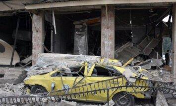 ASV koalīcijas uzlidojumos Sīrijā aizvadītajā mēnesī nogalināts nepieredzēti daudz civiliedzīvotāju